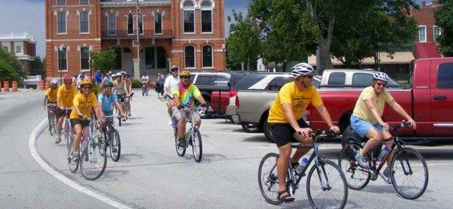 cyclists enjoying the Covington community bike ride